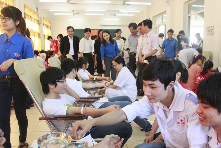 Hải Phòng: Sinh viên hiến gần 1200 đơn vị máu ngày đầu ra quân
