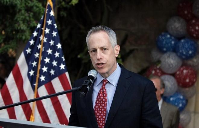 Президент США назначил нового спецпосланника в Сирии - ảnh 1
