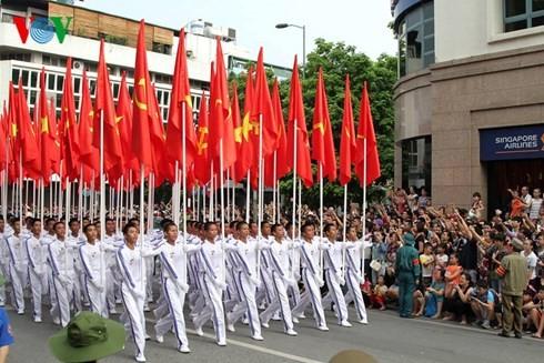 Во Вьетнаме прошла официальная церемония празднования 70-летия со Дня независимости стран - ảnh 3