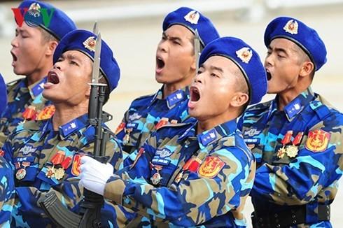 Во Вьетнаме прошла официальная церемония празднования 70-летия со Дня независимости стран - ảnh 2