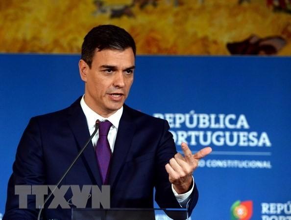 Премьер Испании предложил Каталонии провести референдум по расширению автономии - ảnh 1