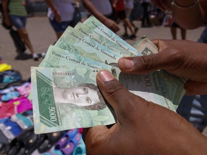 Венесуэла потеряла 38 миллиардов долларов за три года из-за санкций США - ảnh 1