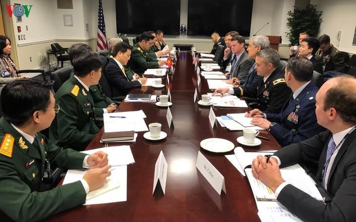Вьетнам и США провели диалог по оборонной политике 2019  года - ảnh 1