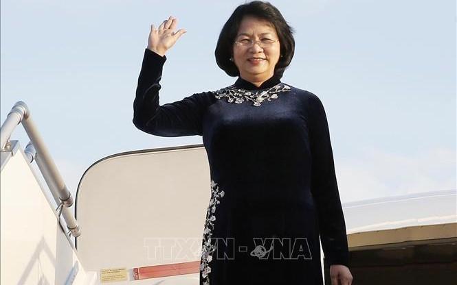 Вице-президент Данг Тхи Нгок Тхинь посещает Республику Индия с официальным визитом - ảnh 1