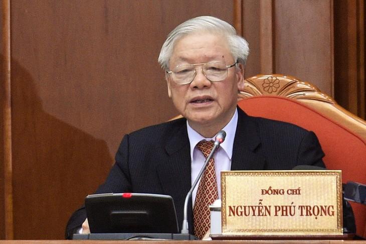 Жители Вьетнама надеются на выбор талантливых руководителей страны - ảnh 1