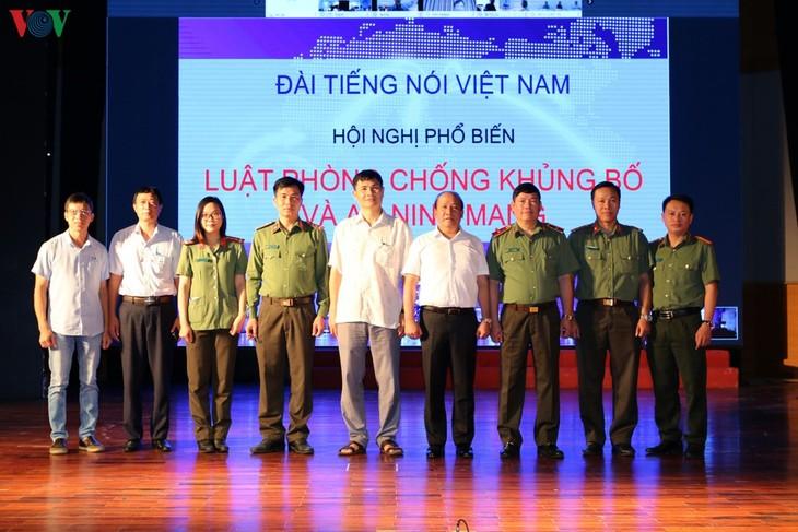 Конференция Радио «Голос Вьетнама» по пропаганде законов о противодействии терроризму и о кибербезопасности. - ảnh 1