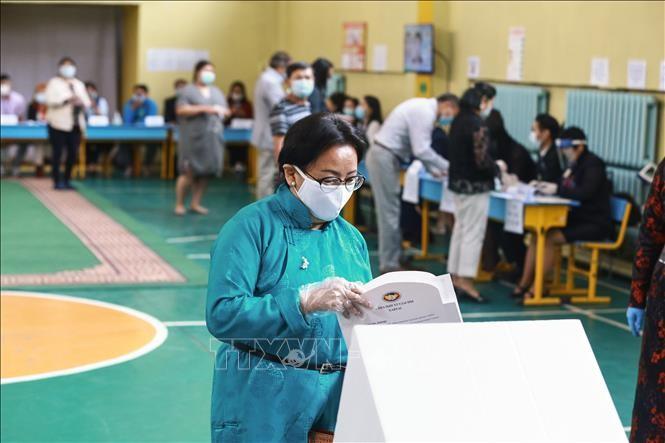 Правящая партия Монголии одержала победу на парламентских выборах - ảnh 1