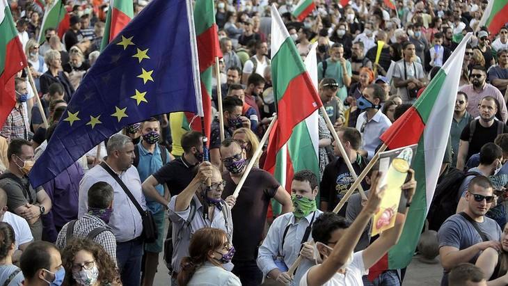 Премьер Болгарии начал перестановки в кабмине - ảnh 1
