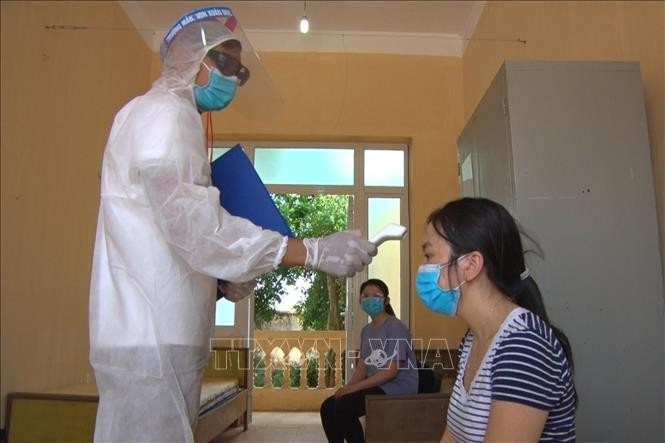 COVID-19: Во Вьетнаме зарегистрировано еще 11 случаев заражения коронавирусом - ảnh 1