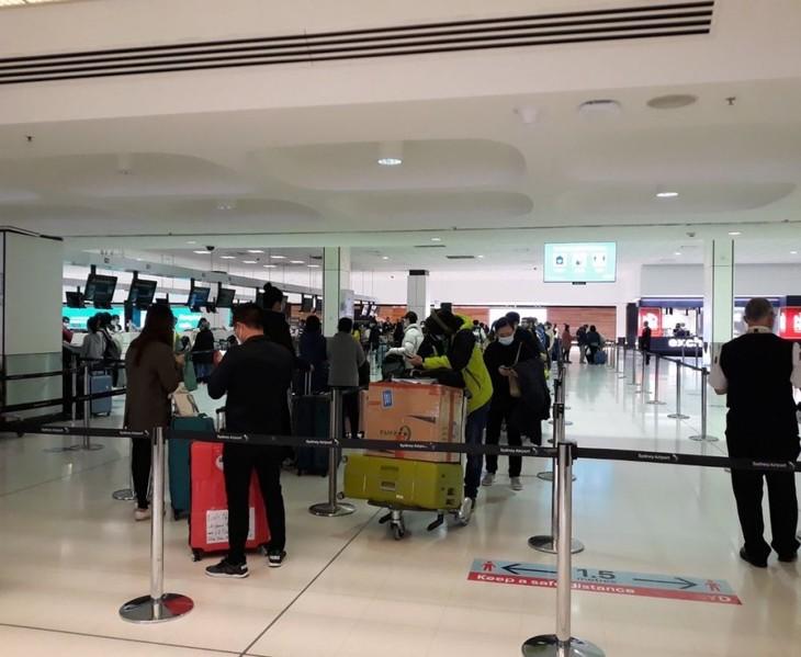 Возвращение вьетнамских граждан из Австралии на Родину - ảnh 1