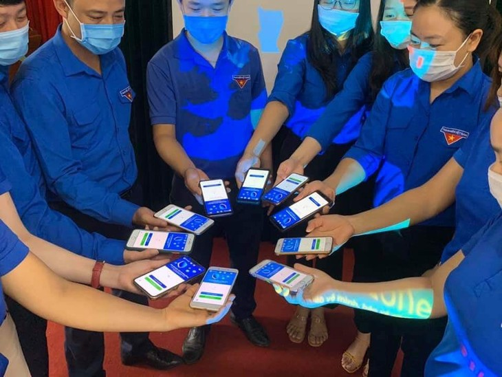 COVID-19: Более 20 миллионов загрузок приложения Bluezone - ảnh 1