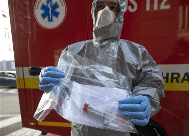Более 43,7 млн человек в мире заразились коронавирусом - ảnh 1