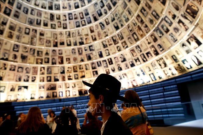 В Израиле почтили память жертв Холокоста  - ảnh 1