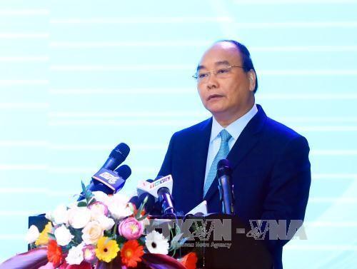 """PM Vietnam, Nguyen Xuan Phuc memimpin Konferensi: """"Perkembangan yang berkesinambungan daerah dataran rendah sungai Mekong untuk beradaptasi dengan perubahan iklim"""" - ảnh 1"""