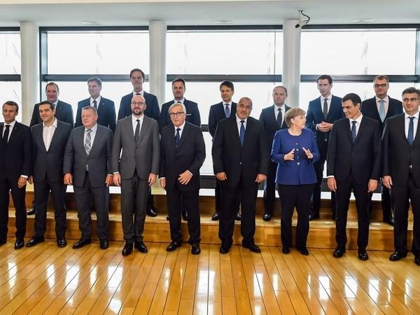 Masalah migran: Badan-Badan Pertolongan PBB menyambut permufakatan Uni Eropa - ảnh 1