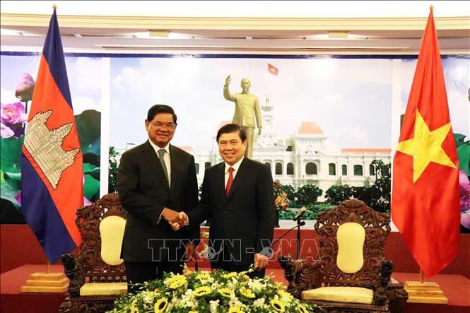 Pemimpin Kota Ho Chi Minh menerima Deputi PM Kamboja, Sar Kheng - ảnh 1