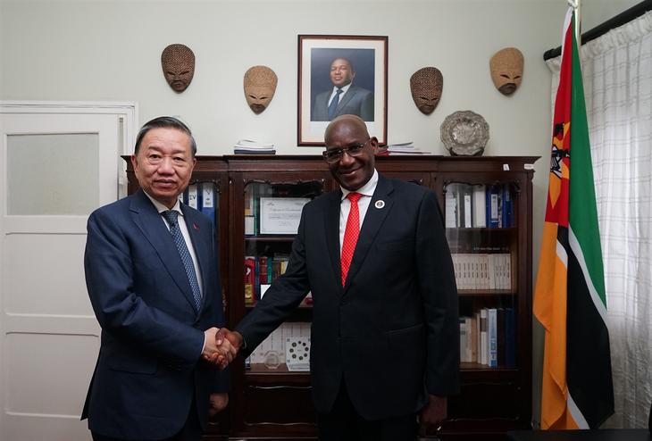 Vietnam dan Mozambik memperkuat  kerjasama keamanan - ảnh 1
