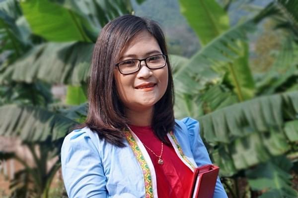 Kelas tanpa perbatasan dari bu guru generasi tahun 90-an, warga etnis minoritas Muong yang didaftarkan  ke 50 Besar guru global - ảnh 1