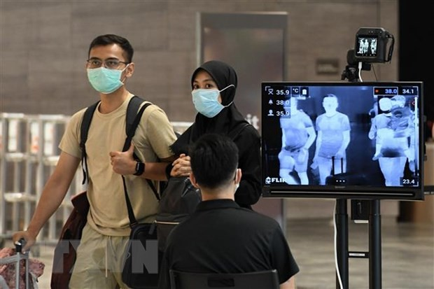 Tiongkok menyambut baik mekanisme kerjasama ASEAN+3 dalam perang melawan pandemi Covid-19 - ảnh 1