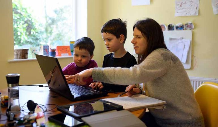 Wabah Covid-19: Uni Eropa berselisih tentang rencana membuka kembali sekolahan - ảnh 1