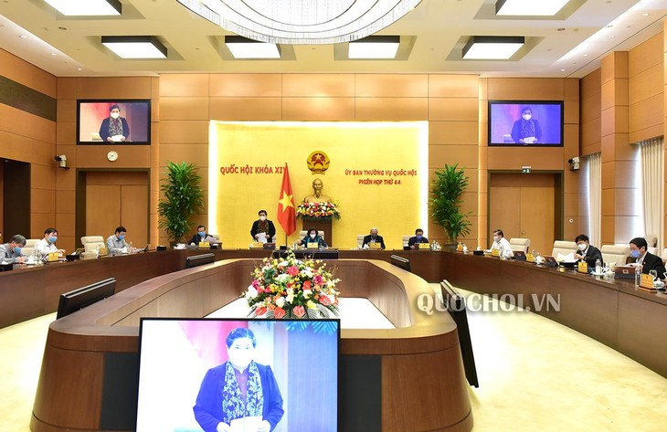 Acara penutupan Persidangan ke-44 Komite Tetap MN Vietnam - ảnh 1