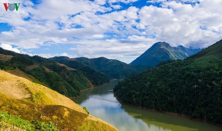 Daerah A Pa Chai ujung barat  – tempat di mana suara ayam berkokok didengarkan di tiga negeri - ảnh 5