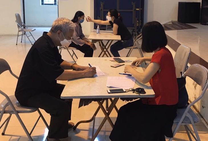 Kota Ha Noi pada pokoknya sudah menyelesaikan bantuan kepada 4 kelompok obyek pada hari Senin (4/5) - ảnh 1
