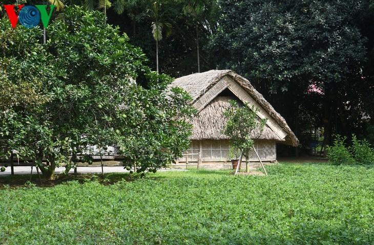 Rumah sederhana – tempat tinggal Paman Ho pada masa kanak-kanak dari tahun 1901-1906 - ảnh 10