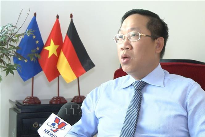 Atase Perdagangan Vietnam di Jerman: Perlu memanfaatkan semua keuntungan yang diberikan EVFTA - ảnh 1