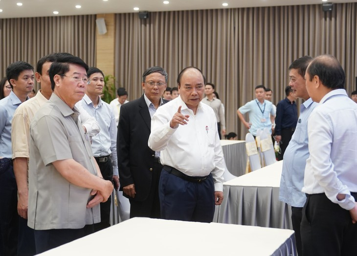 PM Nguyen Xuan Phuc memeriksa pekerjaan persiapan bagi KTT ke-36 ASEAN - ảnh 1