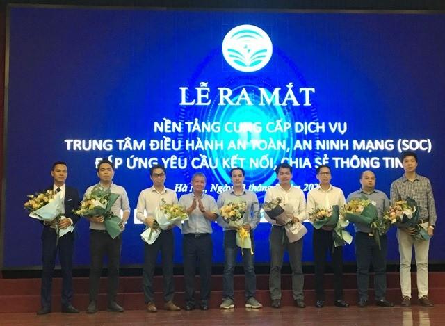 Kementerian Informasi dan Komunikasi Vietnam meluncurkan Pusat penyelenggaraan keselamatan dan keamanan siber - ảnh 1