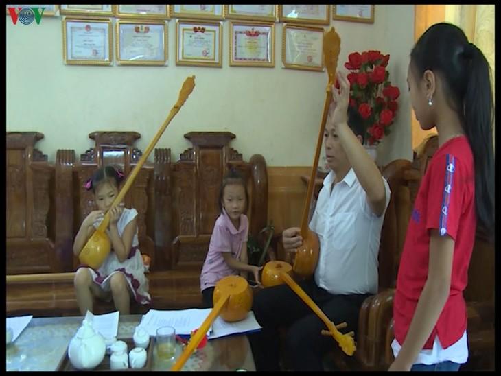 Melestarikan Melodi Lagu Then di Kabupaten Nguyen Binh - ảnh 2