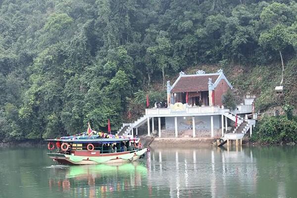 Kuil Dewa-Kuil Dewi: Tonggak Budaya Di Ujung Tanah Air - ảnh 2