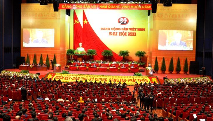 Mempelajari, Menyosialisasikan, Menggelar Resolusi Kongres Nasional XIII PKV - ảnh 1