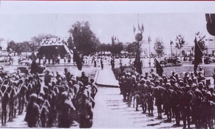 Peringatan HUT ke-76 Hari Revolusi Agustus (19/8/1945-19/8/2021: Ingatkan Hari-Hari Bulan Agustus yang Heroik  - ảnh 12