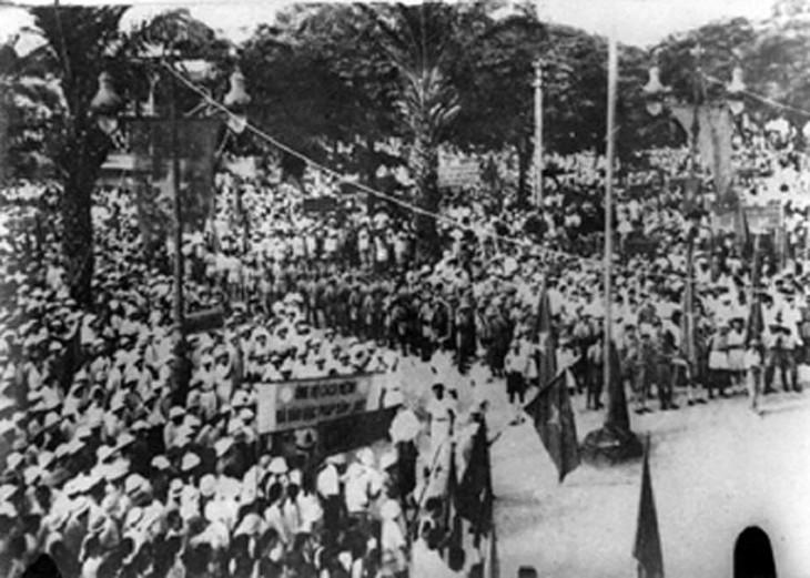 Peringatan HUT ke-76 Hari Revolusi Agustus (19/8/1945-19/8/2021: Ingatkan Hari-Hari Bulan Agustus yang Heroik  - ảnh 5