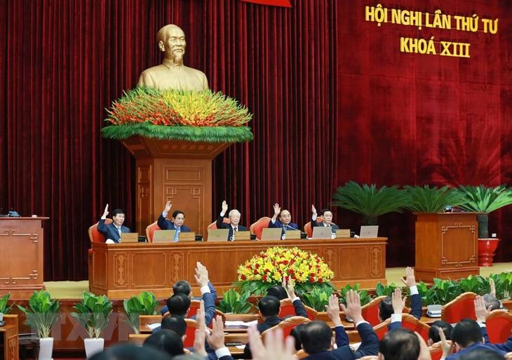 Jejak Dalam Proses Bangun dan Rektifikasi Partai Komunis - ảnh 2