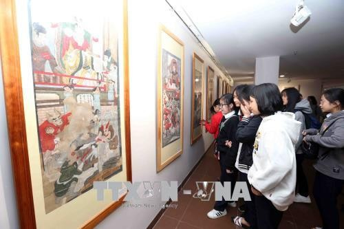 Folk painting exhibition opens in Da Nang - ảnh 1