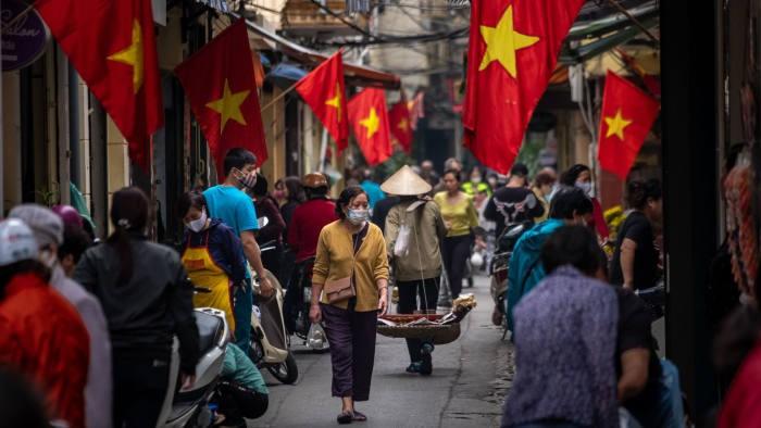 French media praise Vietnam's success in COVID-19 fight - ảnh 1