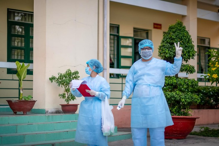 Life inside Vietnam's army-run quarantine camps - ảnh 3