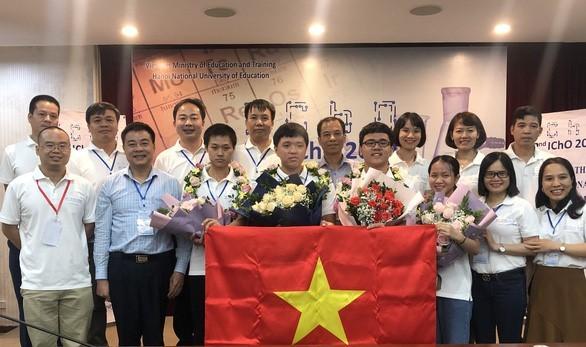 Vietnam finishes second at 2020 International Chemistry Olympiad - ảnh 1