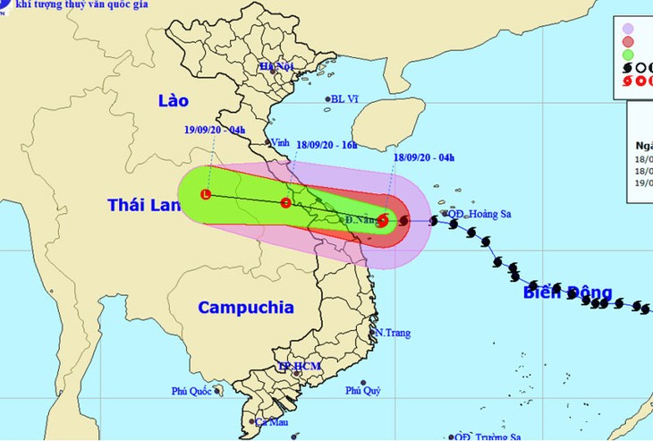 Storm Noul makes landfall in central region - ảnh 1
