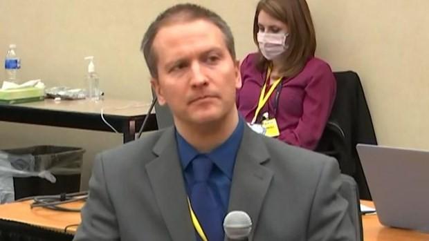 Ex-policeman found guilty of George Floyd's murder - ảnh 1