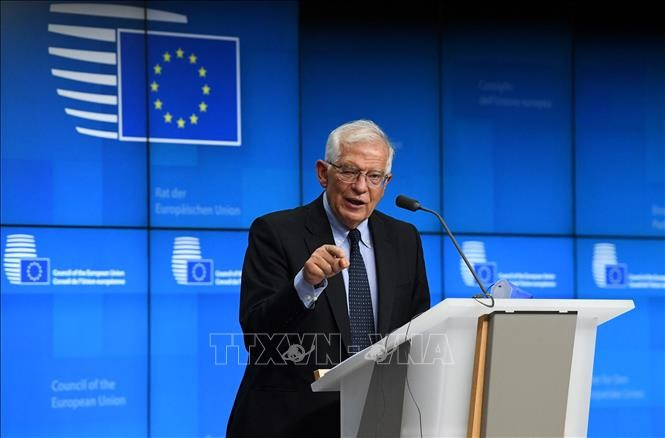EU says it has no option but to talk to the Taliban - ảnh 1