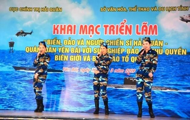 Membangkitkan rasa cinta terhadap pulau dan laut di kalangan pejabat, anggota dan rakyat - ảnh 1