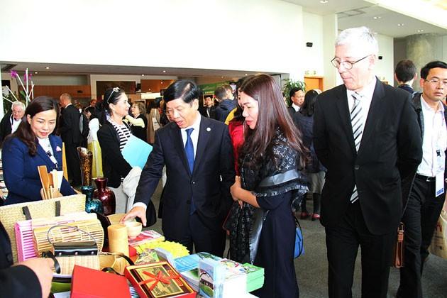 Membuka konferensi ke-11 kerjasama antar-daerah Vietnam-Perancis - ảnh 1