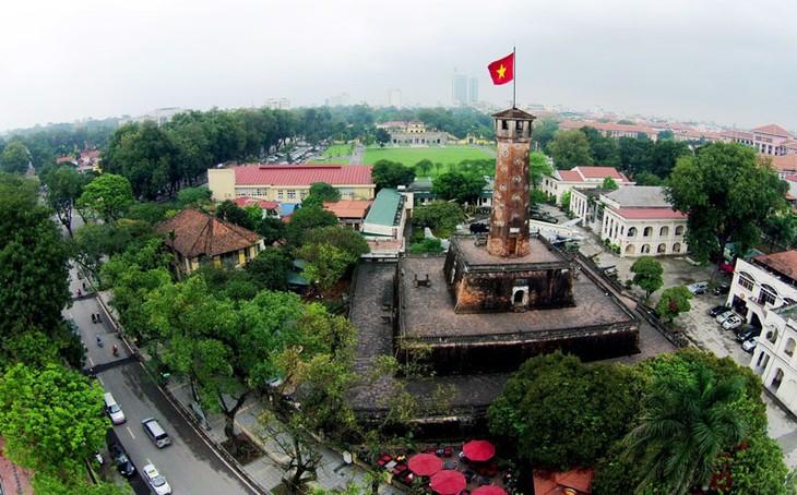 "Banyak aktivitas memperingati ultah ke-20 UNESCO memuliakan Kota Ha Noi sebagai ""Kota demi perdamaian"" - ảnh 1"