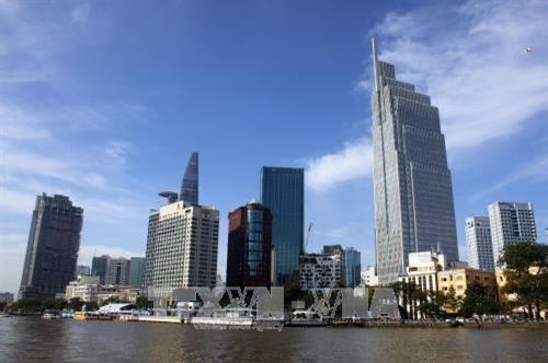 Kota Ho Chi Minh perlu punya tekad politik tinggi untuk mengembangkan infrastruktur jasa - ảnh 1