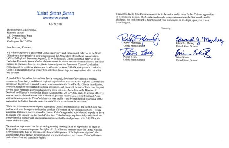 Empat Senator AS menyampaikan surat untuk berseru kepada Menlu Mike Pompeo supaya berbicara tentang masalah Laut Timur - ảnh 1