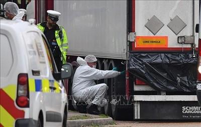 Polisi Inggris akan melakukan kerjasama dengan Vietnam untuk menginvestigasi nama para orang yang mati dalam kontainer - ảnh 1
